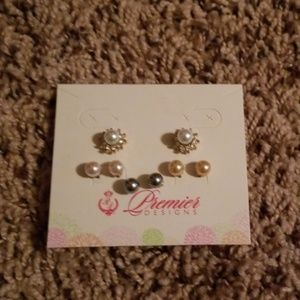 Premier Jewerly earrings